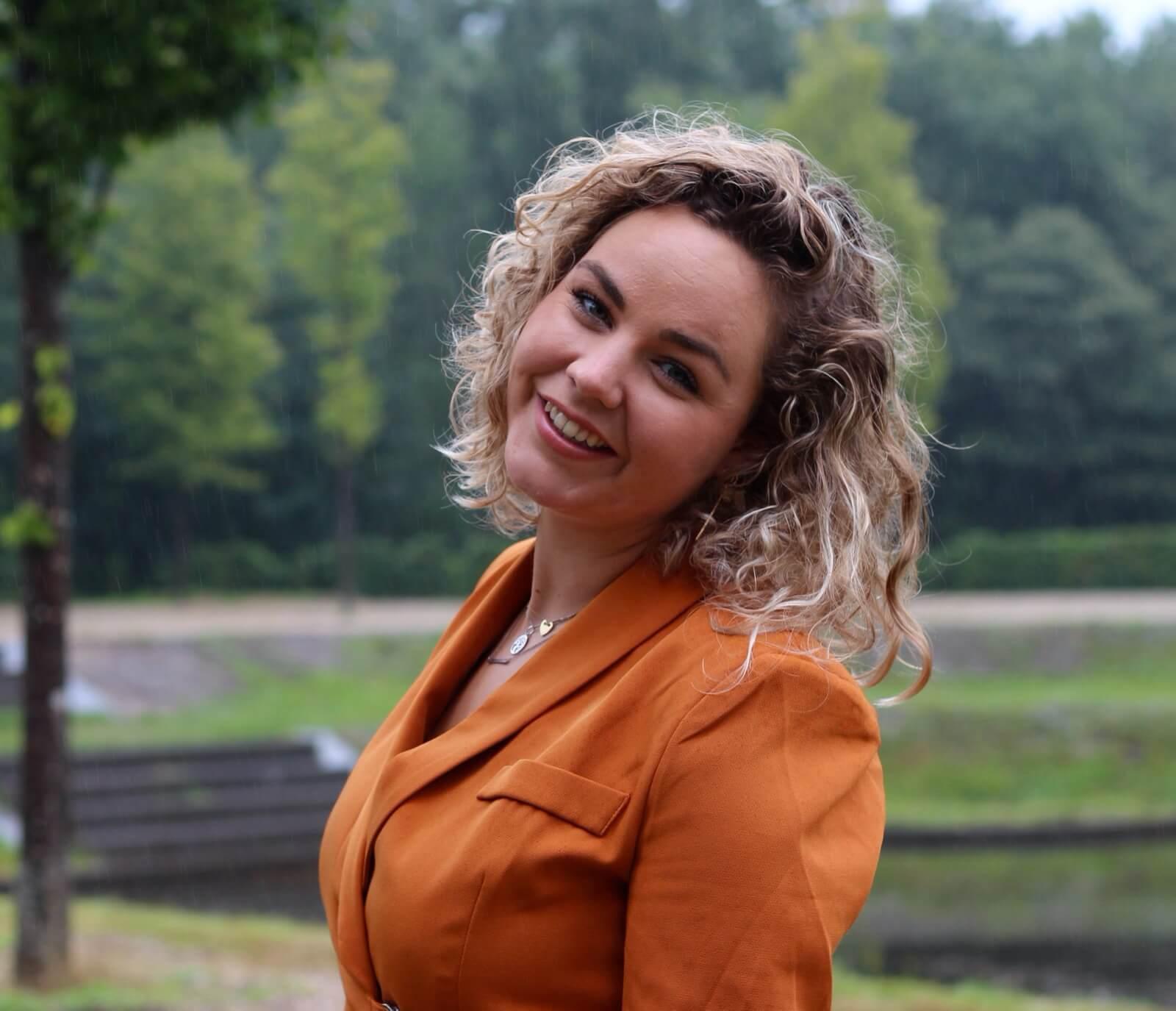 In de blog van deze maand doen Annemijn haar verhaal over borstkanker.